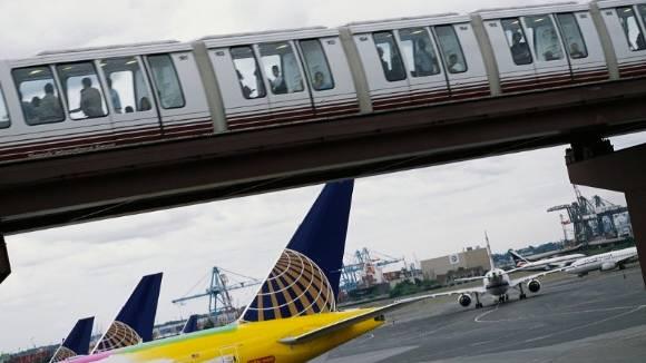 Vergleichsstudie: Warum Bahnfahren schneller ist als Fliegen