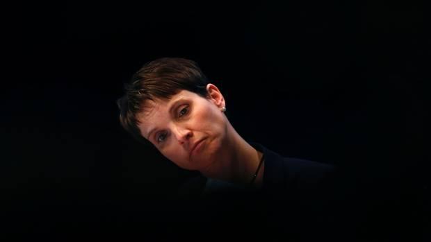 Frauke Petry beim AfD-Parteitag in Köln