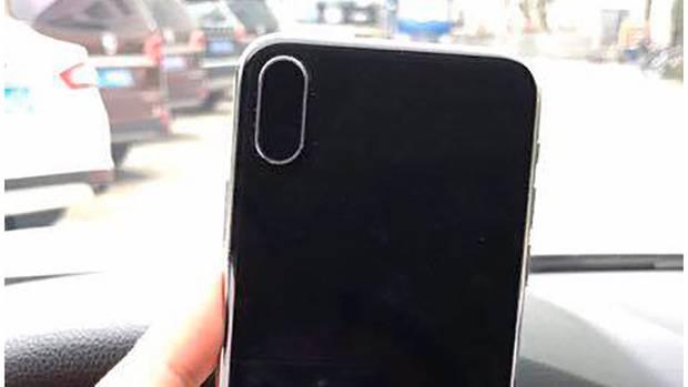 Der iPhone 8 Dummy wie ihn Benjamin Geskin/Twitter auf seiner Twitter-Seite teilte