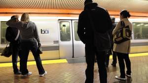 In Oakland wurde ein Überfall auf eine S-Bahn der Bay Area Rapid Transit verübt