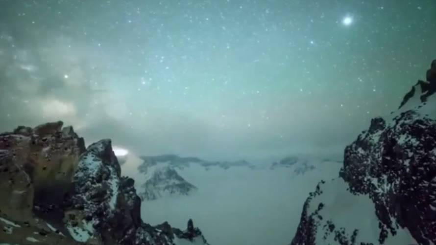 Bilder zum Träumen: Sternschnuppen-Spektakel: Zeitraffer zeigen Meteoritenschauer über China