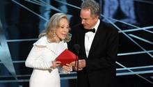 Faye Dunaway verkündet den falschen Oscar-Gewinner