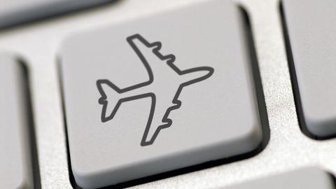 Online-Bucher sehen sich bei Namenskorrekturen mit verwirrenden Bedingungen und deftigen Kosten der Airlines konfrontiert.