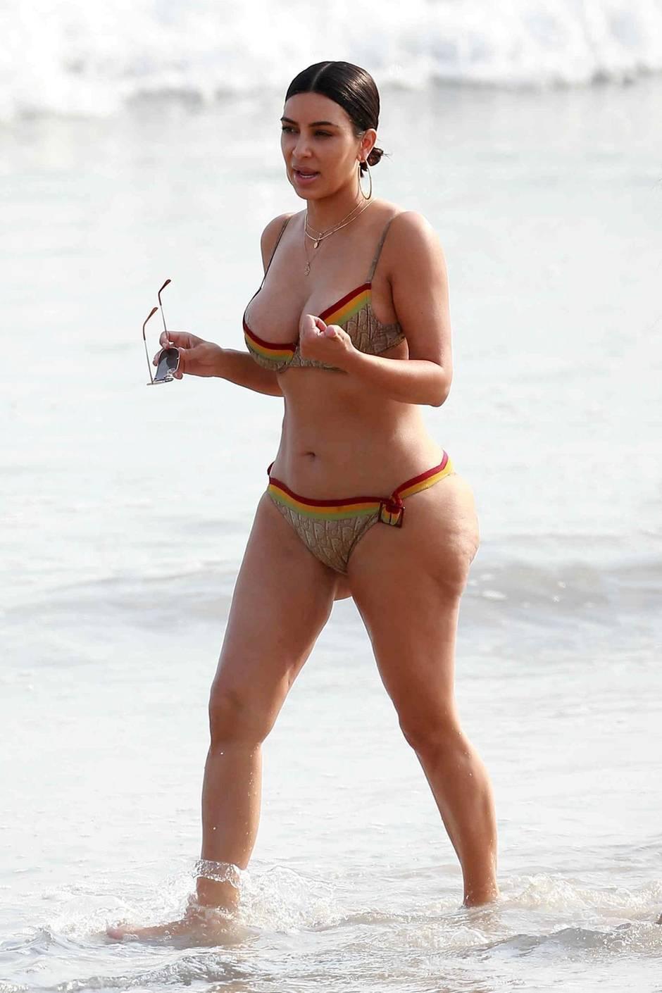 Kim Kardashian Im Bikini - Berraschung Sie Ist Eine -7927