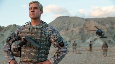 """Brad Pitt in seiner Rolle als General Dan McMahon im Netflix-Film """"War Machine"""""""