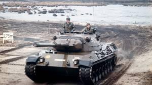 Ein Panzer vom Typ Leopard-1
