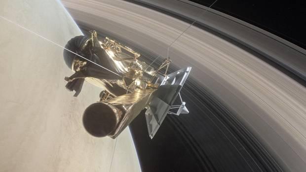 Die Raumsonde Cassini taucht ein in den Streifen zwischen Saturn und den Ringen