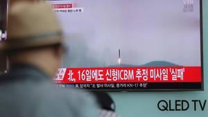 Das südkoreanische Fernsehen berichtete über den misslungenen Raketentest in Nordkorea