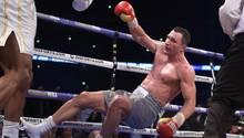 Boxer Wladimir Klitschko geht in seinem Kampf mit Anthony Joshua zu Boden