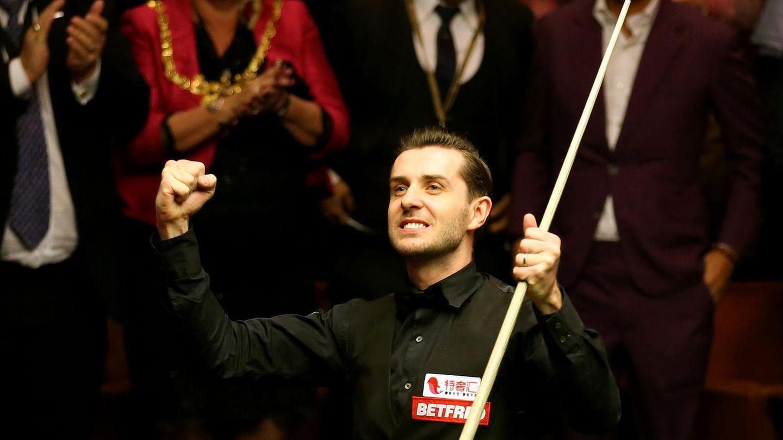 Snooker-Weltmeister Mark Selby bejubelt seinen Sieg