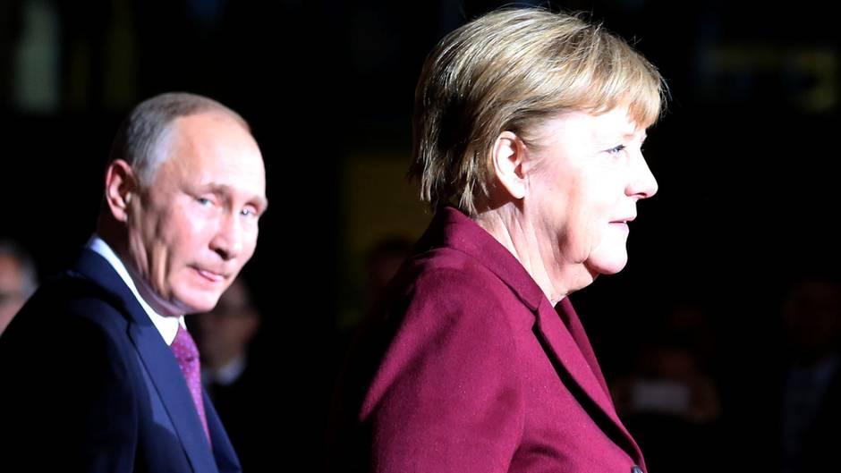 Wladmir Putin empfängt Angela Merkel: Gibt es eine Annäherung?