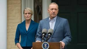 """Claire und Frank Underwood zeigen sich auch in der fünften Staffel """"House of Cards"""" machthungrig"""