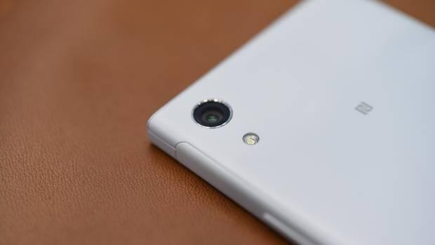 Die Kamera des Sony Xperia XA1 in der Nahaufnahme