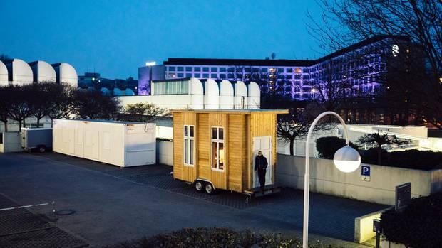 minihaus ein zuhause f r 100 euro im monat traum oder albtraum. Black Bedroom Furniture Sets. Home Design Ideas