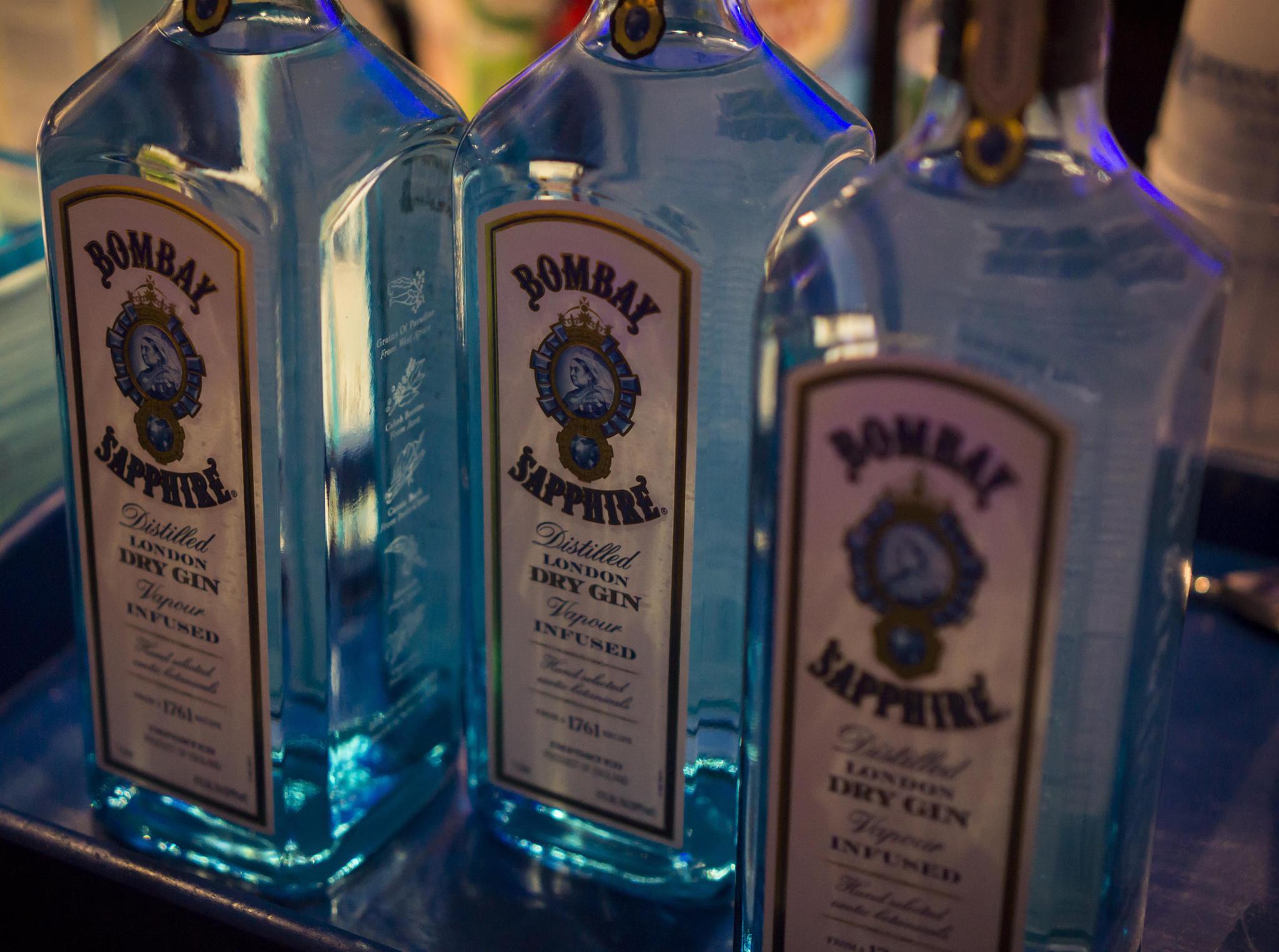 Gin mit 77 Prozent Alkohol statt 40: Bombay Sapphire ruft Flaschen ...