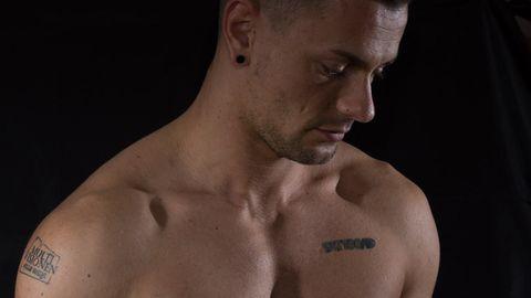 Tino Krause will mit seinem Körper Geld verdienen: Drei Firmen haben ihre Logos bereits als Tattoos verewigen lassen.