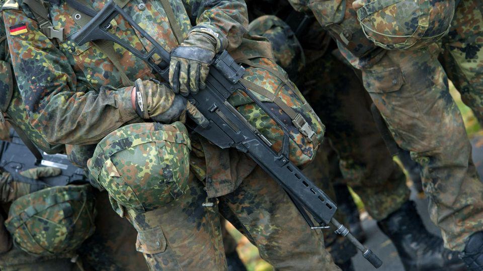 Die Durchsuchung sämtlicher Kasernen und Bundeswehrgebäude wurde angeordnet