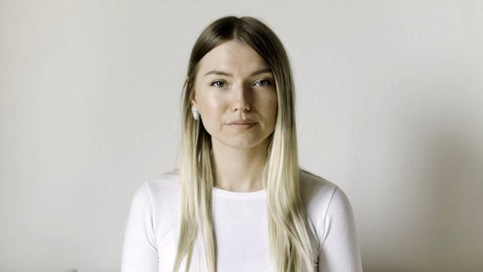 Kristina V. erfuhr erst mit 23 Jahren, dass sie mit ihren Eltern genetisch nicht verwandt ist.