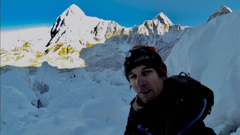 So präsentiert sich Bergsteiger Ryan Sean Davy auf seiner Facebook-Seite