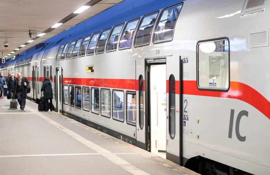 IC 2 der Deutschen Bahn