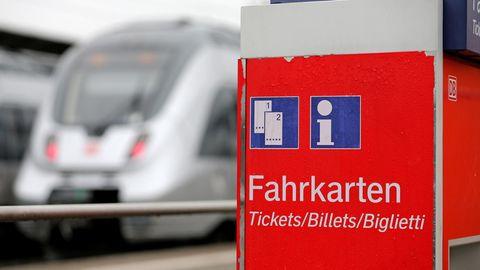 Bahn lockt mit Billigtickets und Bahncard-Varianten