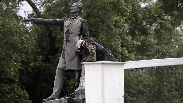 Für das Denkmal des einzigen Südstaaten-Präsidenten Jefferson Davis ist in New Orleans kein Platz mehr.