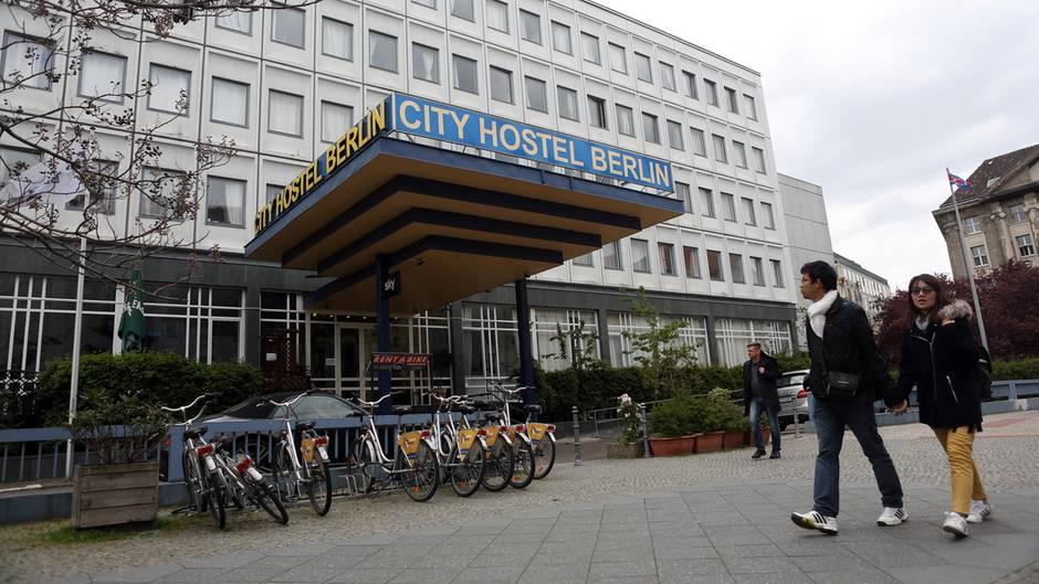 """Das """"City Hostel Berlin"""" in der nordkoreanischen Botschaft droht zum Zankapfel zu werden"""