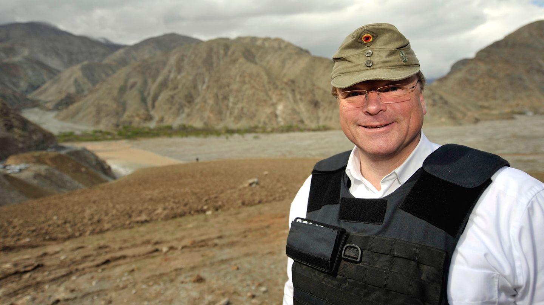Ex-FDP-Minister Dirk Niebel eckte bereits 2011 mit dem Tragen seiner Gebirgsjägermütze in Afghanistan an