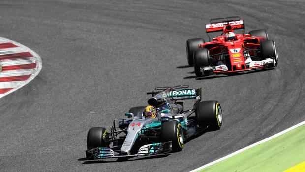 Lewis Hamilton und Sebastian Vettel lieferten sich in Barcelona ein packendes Formel-1-Rennen