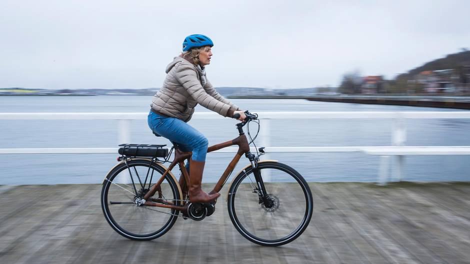 Fahrradrahmen aus Bambus hergestellt