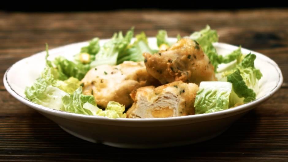 So einfach gelingt's: Diese Chicken Nuggets mit Käsefüllung schmecken himmlisch