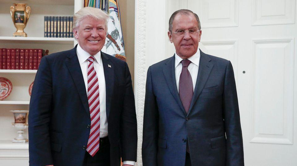 US-Präsident Donald Trump (l.) und Russlands Außenminister Sergej Lawrow in der vergangenen Woche im Weißen Haus.
