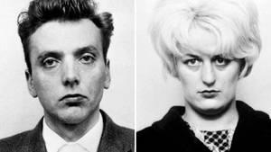 Eine Kombo aus Polizeifotos von Ian Brady und Myra Hindley