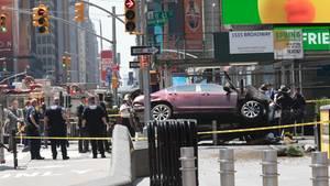 Auto Times Square
