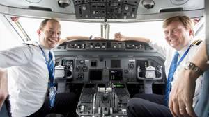 König Willem-Alexander im Cockpit bei KLM