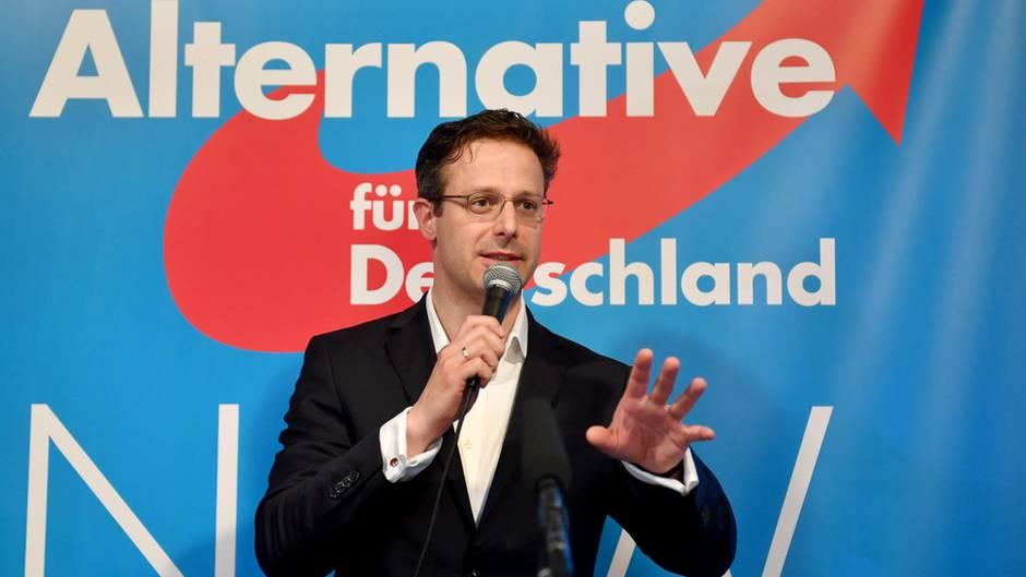 AfD-Spitzenkandidat Marcus Pretzell auf der AfD-Wahlparty nach der Landtagswahl in Nordrhein-Westfalen