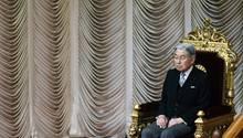 Japans Kaiser Akihito bei einer Parlamentssitzung