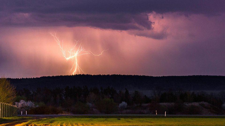 Schwere Unwetter zogen über Deutschland: Hier ein Bild aus der Nähe von Jena