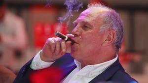 Uli Hoeneß beim Bankett der Meister-Bayern