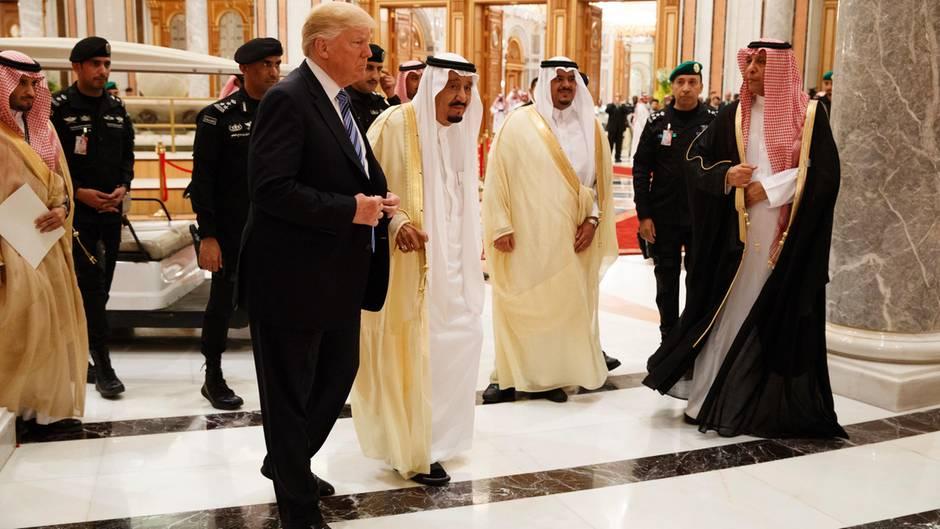 Riad Trump bietet Muslimen Freundschaft an: Allianz gegen Terror
