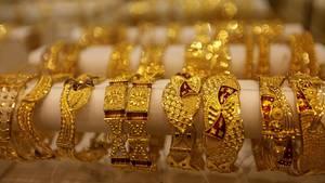 Schmuck liegt bei einem Juwelier (Symbolfoto)