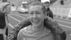 Julia V. im Ziel des Marathon München 2015