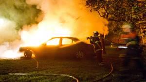 nachrichten deutschland brennendes Auto Hamburg
