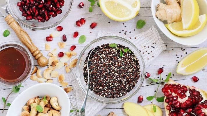 Unverarbeitete Lebensmittel: Superfood: Das steckt hinter dem teuren Essenstrend