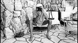 Helmut Newton wird in der Villa Dorane von Jean Pigozzi fotografiert, 1993 Cap d'Antibes