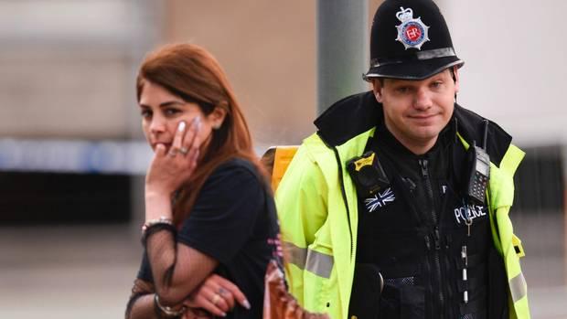 Nach dem Anschlag auf die Konzertarena in Manchester erheben Besucher schwere Vorwürfe.