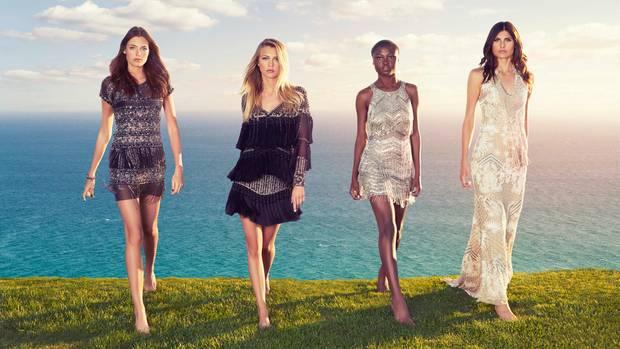 Die GNTM-Finalistinnen der zwölften Staffel: Céline, Serlina, Leticia und Romina (v.l.n.r.)