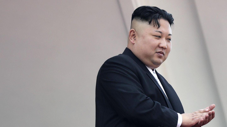 Porträt von Kim Jong-un. Der Diktator aus Nordkorea wirft den USA vor, einen gemeinsamen Militärschlag mit Südkorea zu planen.