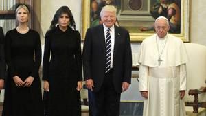Donald Trump und Familie bei Papst Franziskus
