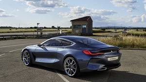BMW 8er Concept - mit stark konturierter Flanke